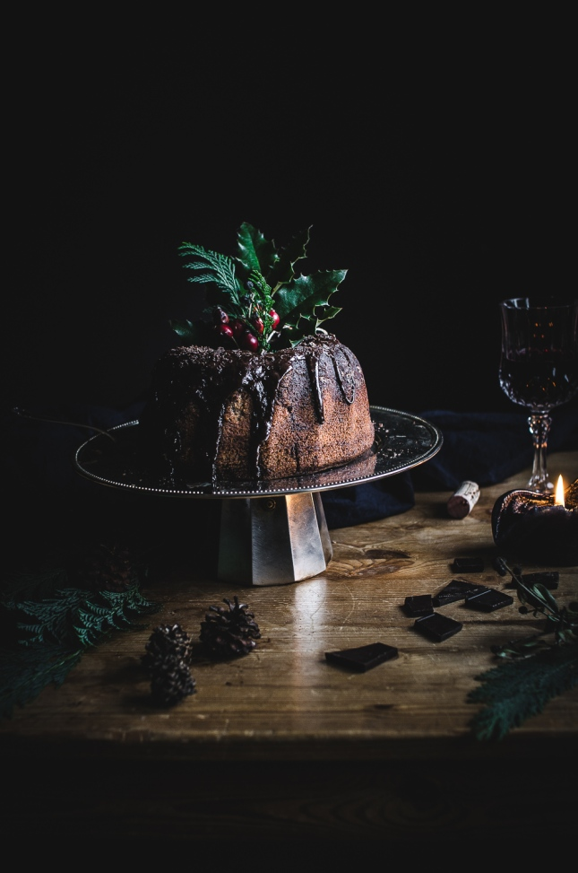 Red wine bundt cake with chocolate ganache